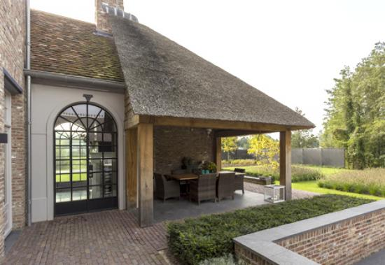 Classic ISO arched windows private house brabant7