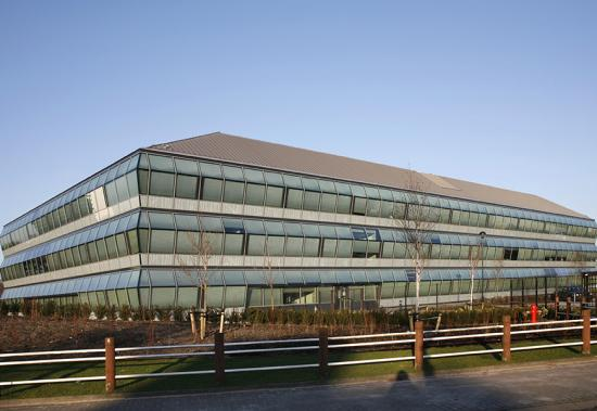 MHB windows Steel glass facade special project amgen europe office Breda 01
