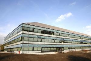 MHB windows Steel glass facade special project amgen europe office Breda 02
