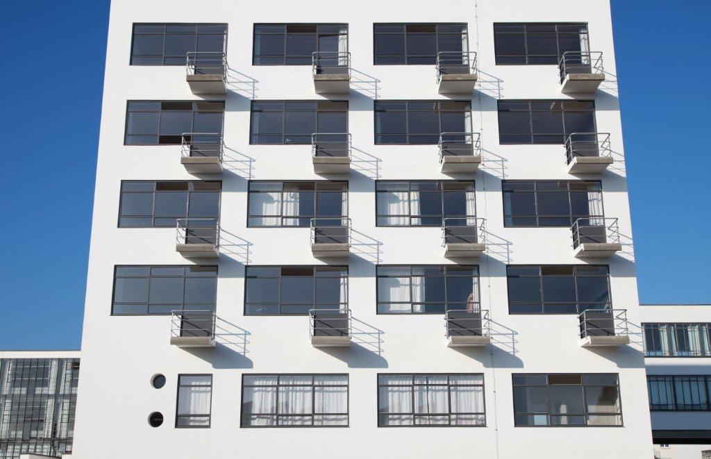 bauhaus building energy efficient refurbishment. Black Bedroom Furniture Sets. Home Design Ideas